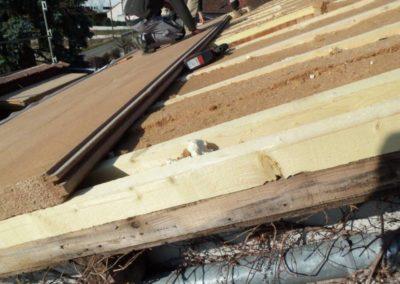 Isolation en toiture sur chevrons et laine de bois.