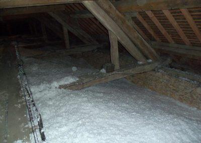 Isolation de voûte d'église par soufflage de laine  de verre